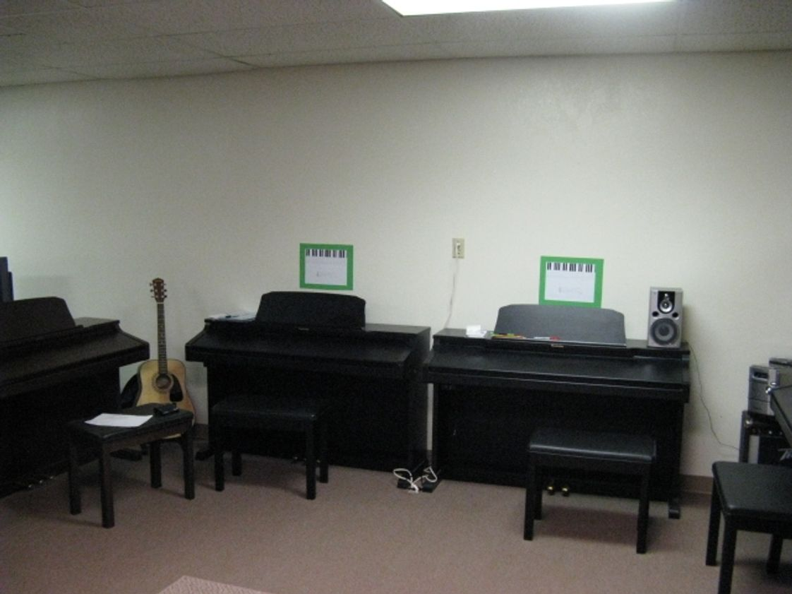 Christ The King Academy Photo - Piano Lab