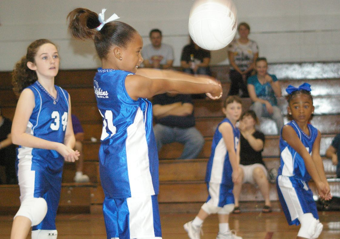 Trinity Lutheran School (formerly Baton Rouge Lutheran School) Photo #1 - Elementary and junior high teams play against other local, Christian teams.