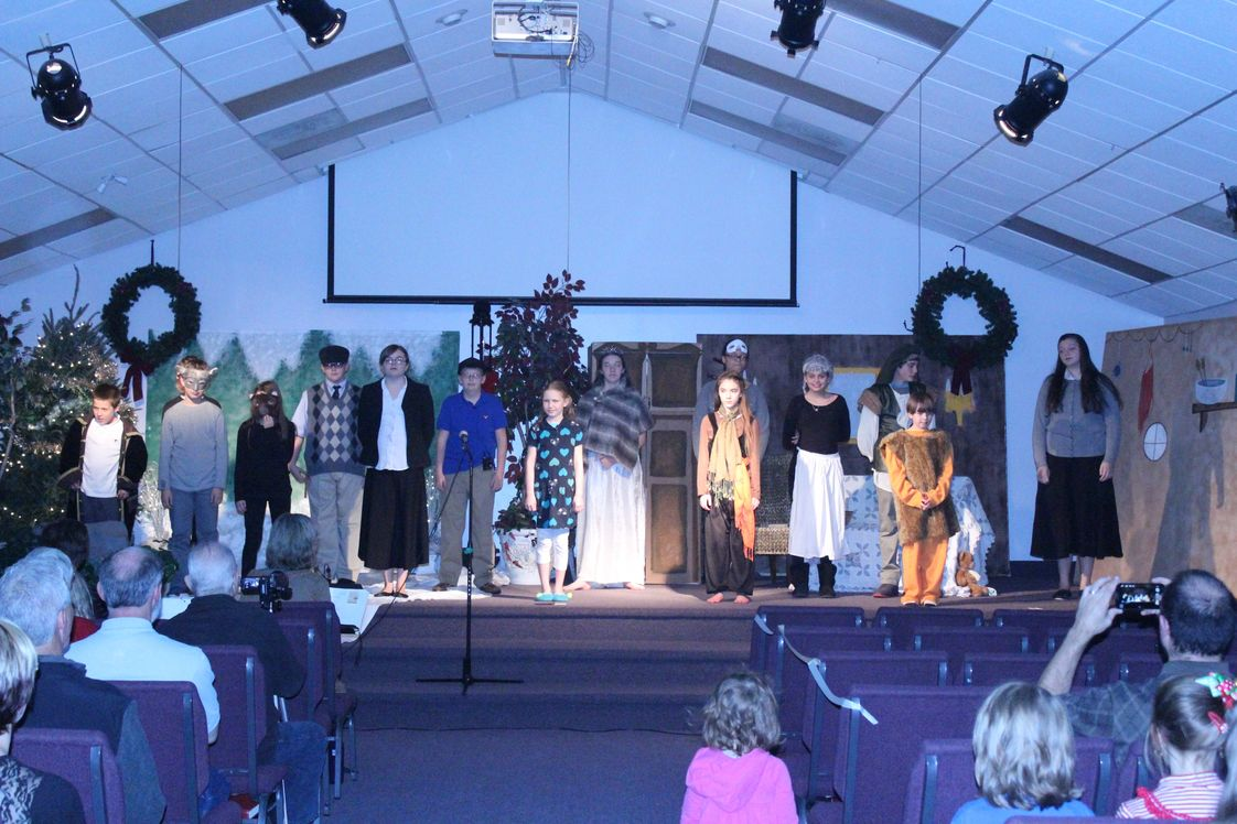 Elvaton Christian Academy Photo #1 - The Lion, Witch and the Wardrobe - 4th - 8th Christmas Program