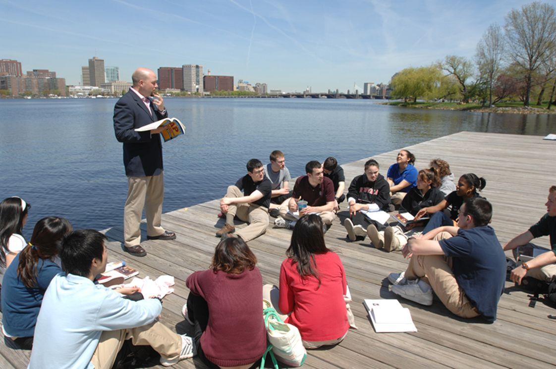 "The Newman School Photo #1 - Every day Newman students benefit from the experiential learning of our ""city classroom"" in the Back Bay of Boston, ""the education city""."