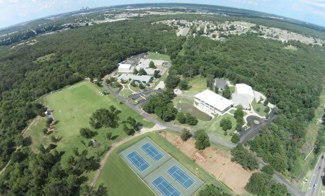 Riverfield Country Day School Photo - Riverfield's 120-acre campus