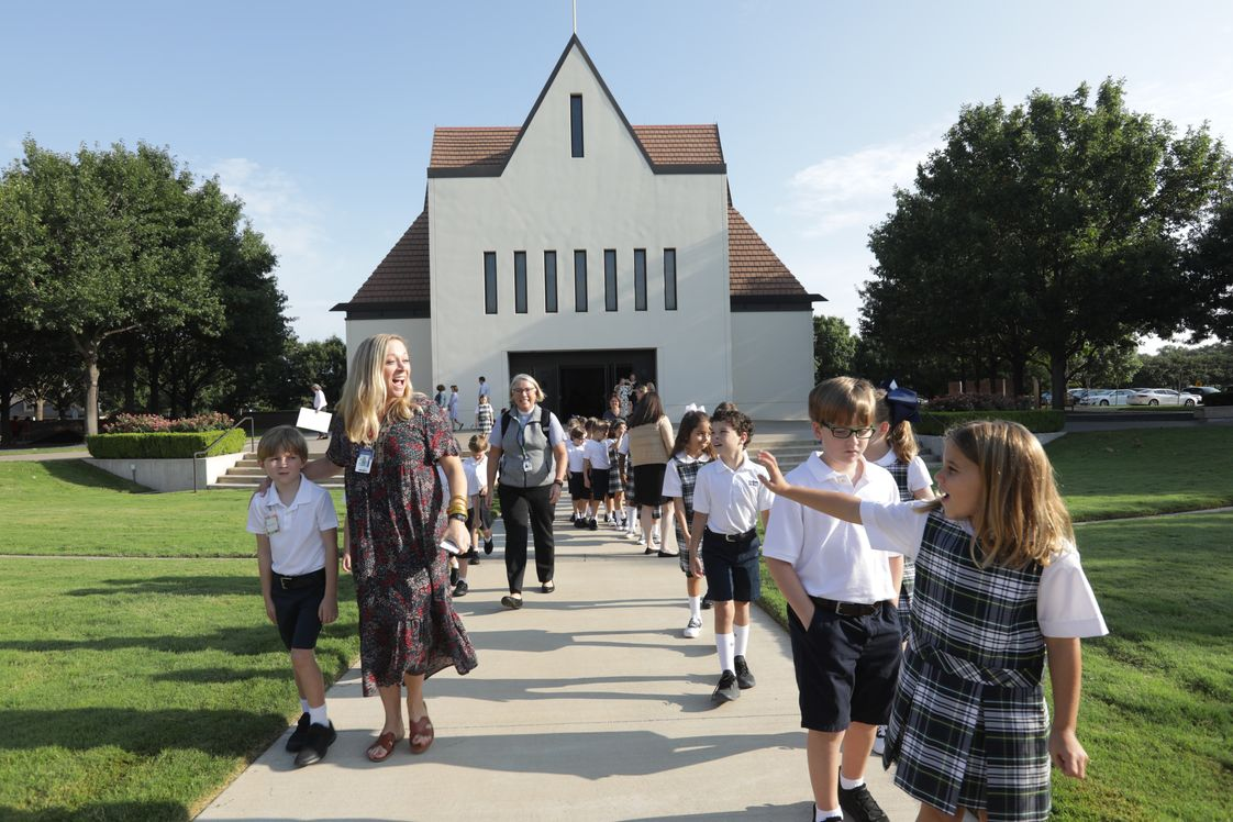 The Episcopal School Of Dallas Photo - All Saints Chapel is where ESD students gather for daily chapel.