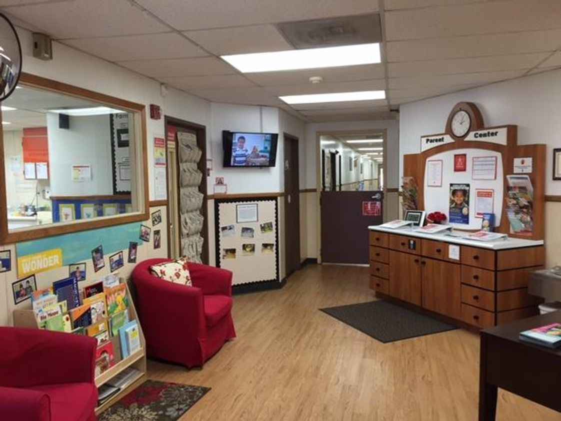 Kindercare Learning Center Photo #1 - Lobby