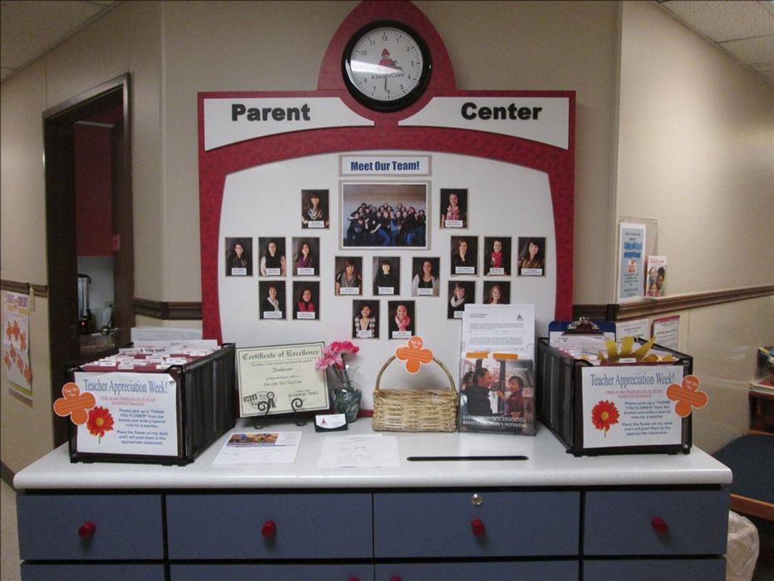 Yakima KinderCare Photo #1 - Parent Center in Lobby