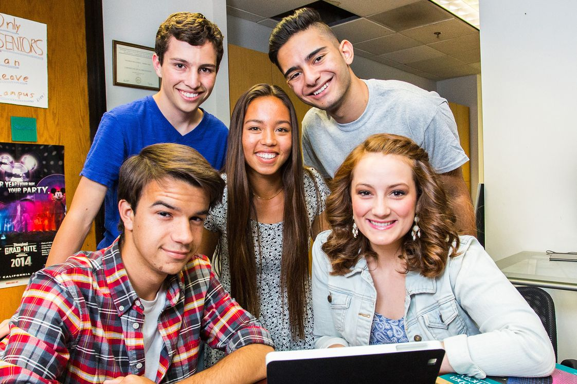 Futures Academy - Newport Beach Photo - Futures Academy's high quality academic one-to-one learning program includes social activities and onsite study areas for completing schoolwork assignments.