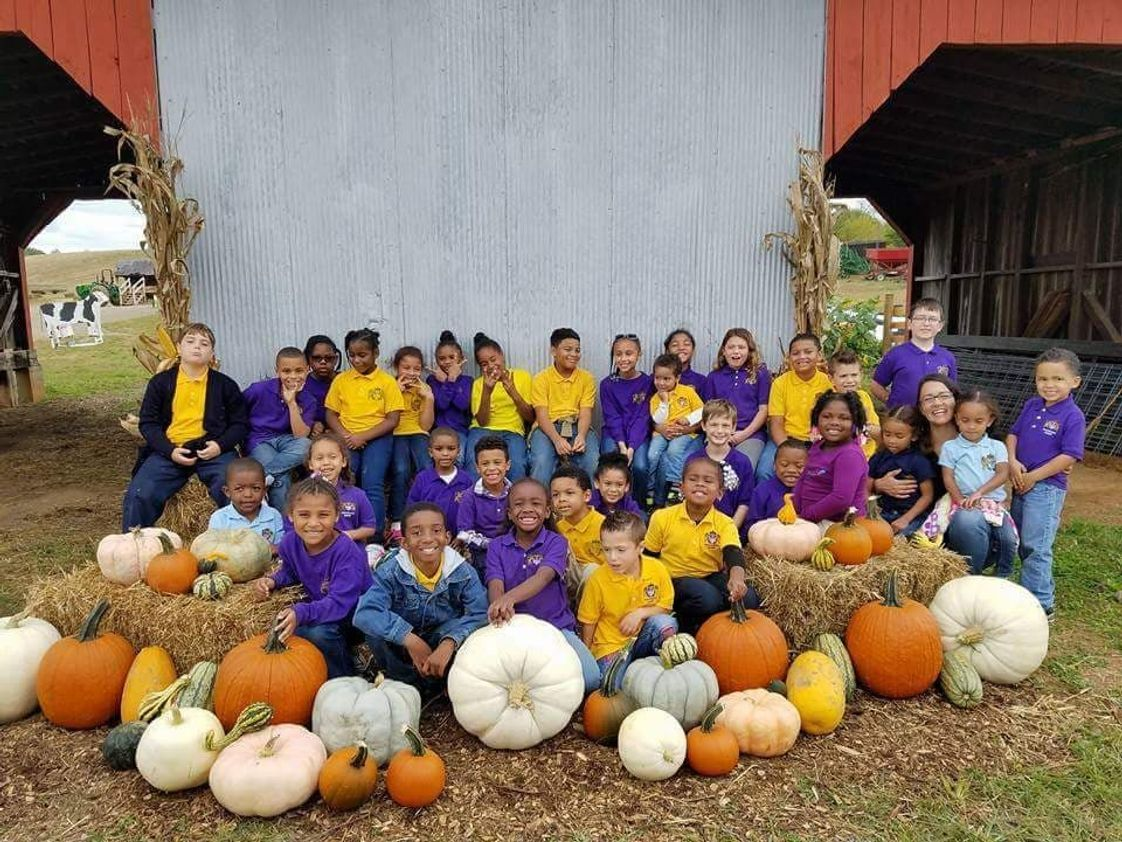 Noah-Christian Academy Photo #1 - Jeter Farm Field Trip Fun!