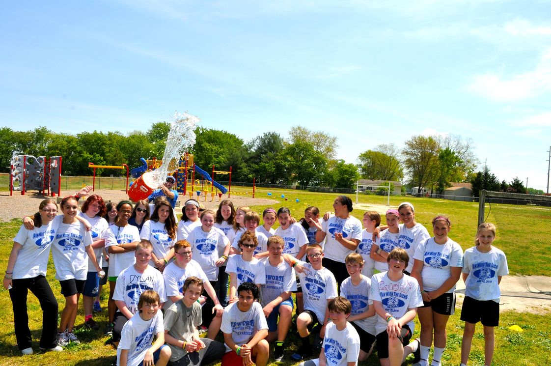 Epworth Christian School Photo #1 - Group photo after our Run with the Lions event!
